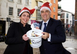 Vinny Kearns, spokesman for the eCab Dublin Alliance, and Kelly Cowley, head of fundraising at Dublin Simon Community, today launched the 'spare a thought' campaign which will see ecab donating €10 to Dublin Simon Community for every new download and booking of a taxi in Dublin over the month of December 2015